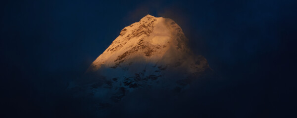 Ama Dablam in the last light of the day (picture (c) Felix Berg)