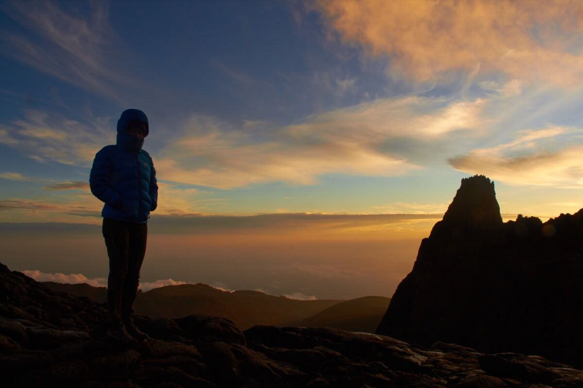 "Sonnenuntergang bei der ""Austrian Hut"" am Point Lenana, Mount Kenia 