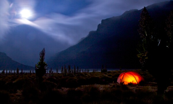 Mount Kenya Camp in the Chogoria Gorge by full moon (Photo: SummitClimb & Felix Berg)
