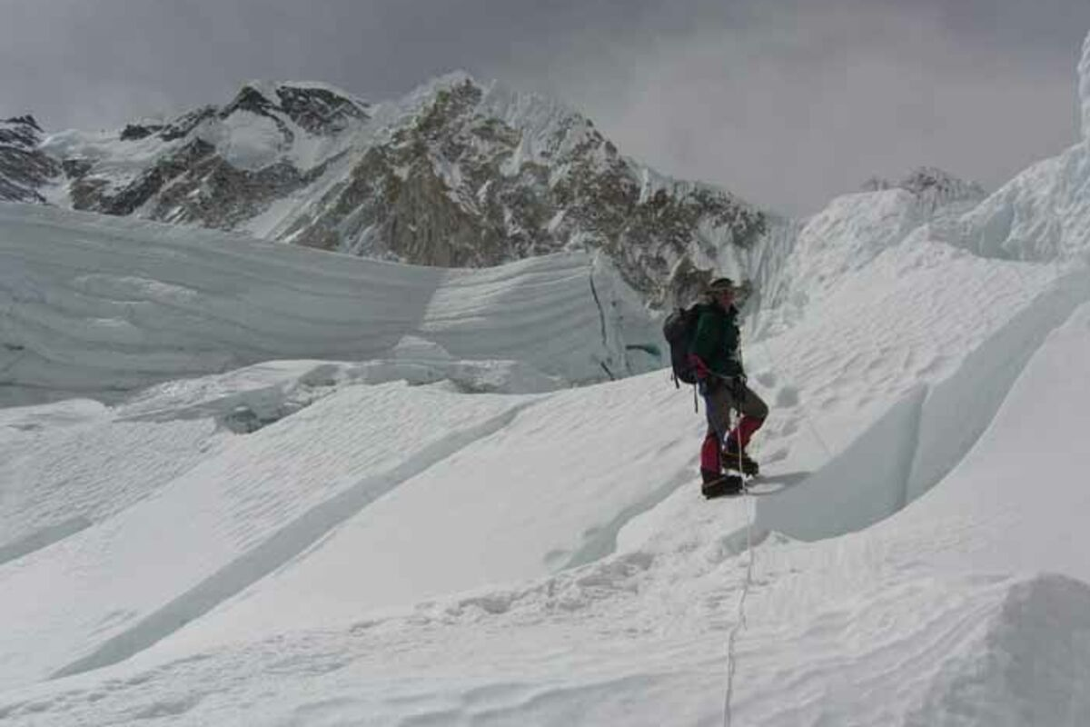Expeditions Nepal Mount Everest and Lhotse, Climbing in the Khumbu